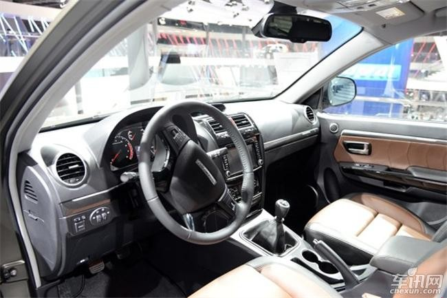 搭载2.0T发动机 哈弗H5经典版广州车展上市